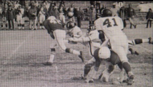 (42) Bob Elkins breaks some tackles for a good gain vs Colusa