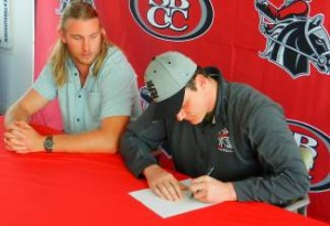 It's official! Another Mountain man signs out of Santa Barbara.