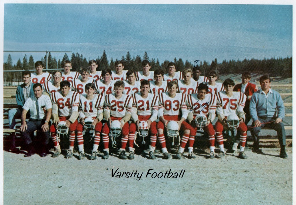 Front Row: Mike Silva, Joe Mezger, Ray Street, Curt Wurst, Brian Smart, Augie Acosta, Marvin Banta, Coach Landon; Row 2: Mike Alves, Roger Anderson, Charlie Span, Jim Banta, Ron Frazier, Brent Wissenback, Jim Baxter; Back Row: Chuck Penino, Skip Weber, Benny Garcia, Larry Doyle, Bill Kinsie, Tom Rogers, Paul Miles